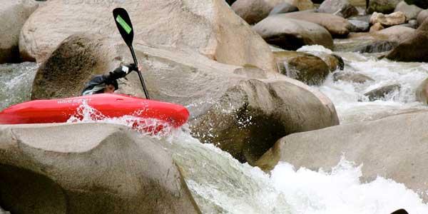 Kayak Ecuador, kayaking in Ecuador, Ecuador kayaking, kayak ecuador, ecuador paddling, padding south america, kayaking south america, darcy gaechter, piatua, boof