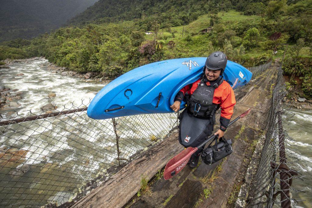 kayak ecuador, ecuador kayak, kayaking in ecuador, kayaking, small world adventures, ecuador kayaking, adventure