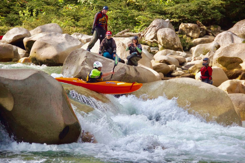 kayak ecuador, ecuador kayak, kayaking in ecuador, ecuador kayaking, adventure travel, south america