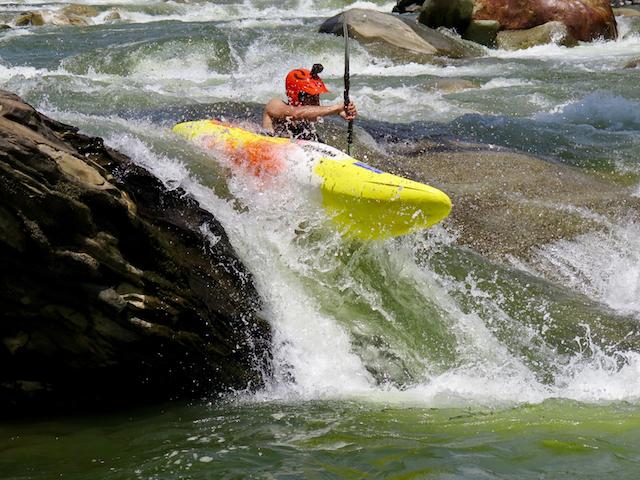 kayak ecuador, ecuador kayak, kayaking in ecuador, small world adventures, kayaking, adventure kayak, whitewater kayaking