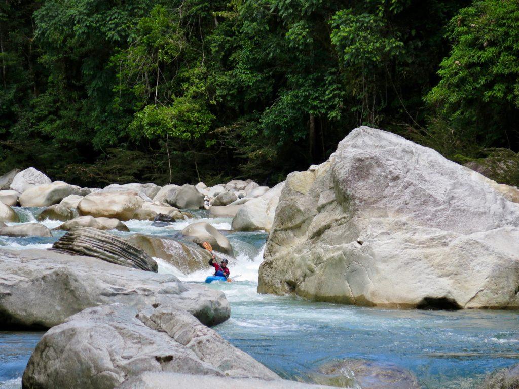 kayaking, piatua, kayak ecuador, ecuador kayaking, small world adventures, free flowing