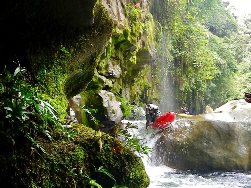South America kayak vacations, kayak trips, whitewater rafting