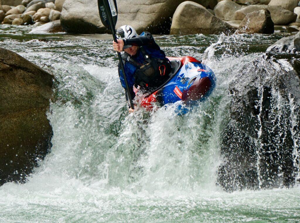 Kayak Ecuador, kayaking in Ecuador, ecuador kayak, piatua river, small world adventures